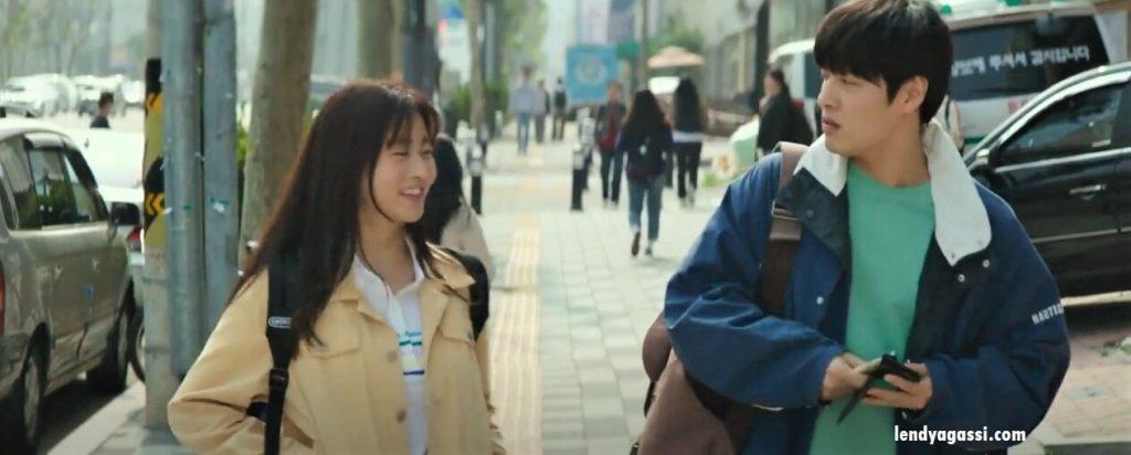 Kang Sora bertemu Kang Ha Neul dalam Film Waiting For Rain