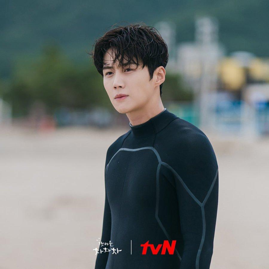 Nonton Drama Hometown Cha Cha Cha. Kapan tayang drama Hometown Cha Cha Cha, Shin Min A, Kim Seon Ho